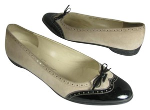 Salvatore Ferragamo Black and Ivory Flats