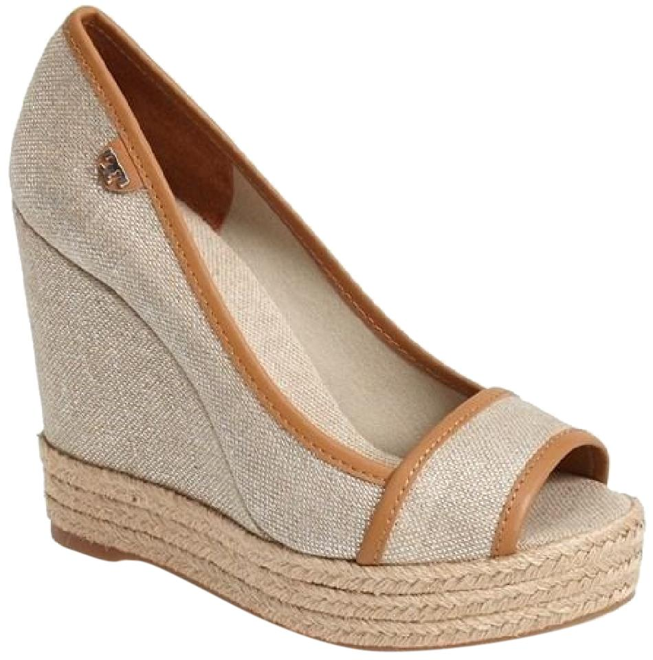 14769348ef9f76 Tory Burch 052015tbmptwtcrpb New With Defects Logo Open Toe Beige Wedges  Image 0 ...