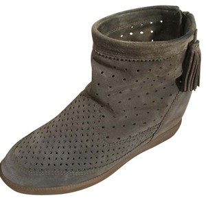 Isabel Marant Basley With Tassles Perforated Taupe Boots