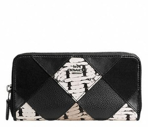 Coach COACH ACCORDION ZIP WALLET WITH SNAKE EMBOSSED PATCHWORK 57591 NWT