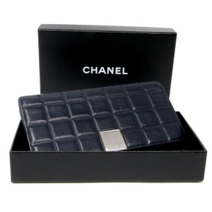 Chanel Chanel Signature Chocolate Dark Blue With Chrome Hardware Long Wallet