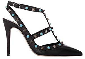 Valentino Rockstud Embellished black Pumps