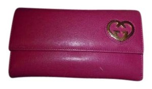 Gucci Hot Pink Leather Heart Interlocking G Continental Wallet