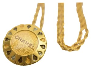 Chanel Authentic Chanel Pendant Sunflower Necklace Gold