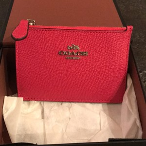 Coach beautiful pink never been used coach wallet/business card holder