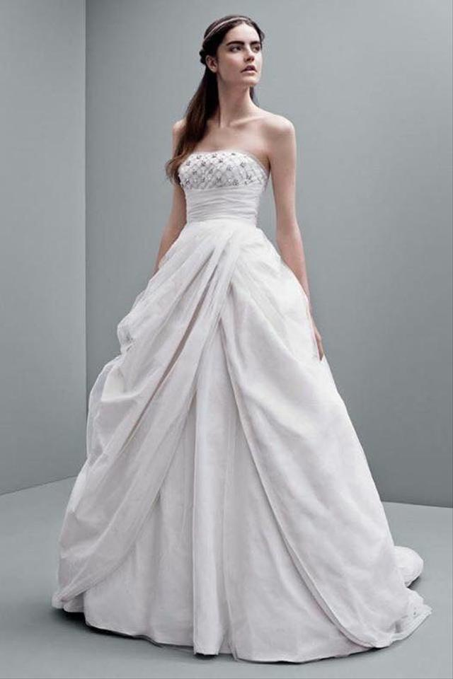 Vera Wang Dirty White Princess Style Feminine Wedding Dress Size 2 ...