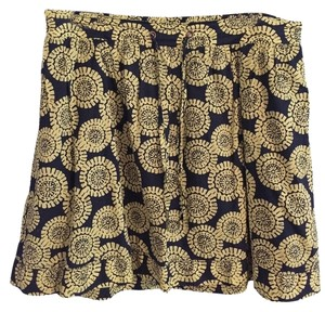 Merona Mini Skirt Navy with green pattern