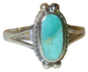 J Brand 925 Sterling Silver Oval Cut NATURAL TURQUOISE CELTIC Ring Size 7