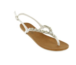 Red Circle Footwear Flat Thong Ornament Blingbling White Sandals