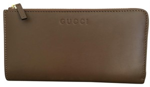 Gucci leather wallet with zip and box