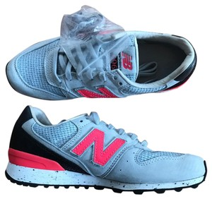 New Balance pink and grey Athletic