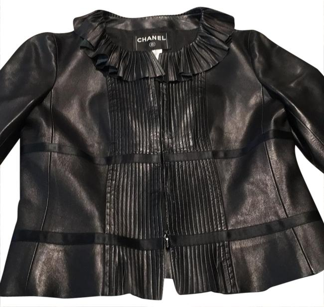 Preload https://item5.tradesy.com/images/chanel-black-ruffle-ribbon-leather-jacket-size-6-s-20783059-0-1.jpg?width=400&height=650