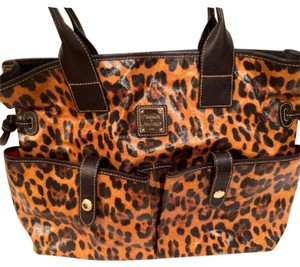 Dooney & Bourke Tote in Black, Leopard