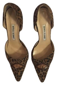 Manolo Blahnik Tan leopard suede Pumps