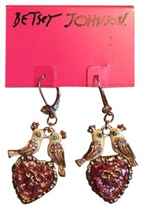Betsey Johnson BETSEY JOHNSON Love Bird Kissing Earring