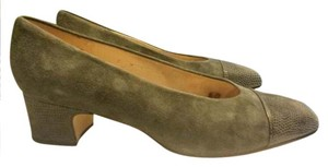 Etienne Aigner Leather Suede Grey with Olive Green Undertone Pumps
