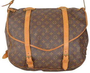 Louis Vuitton Monogram Messenger Large Saumur 43 Cross Body Bag
