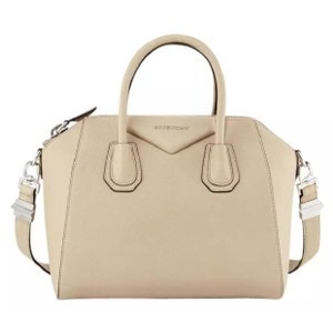 2c59cbe6dc4 Beige Givenchy Bags - Up to 90% off at Tradesy