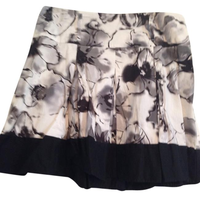 Candies Skirt Black And White Floral
