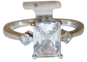 rlss Sterling Silver 2ct Emerald Cut Simulated Diamond Wedding Ring Size 5