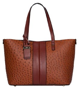 London Fog Tote in AMBER OSTRICH