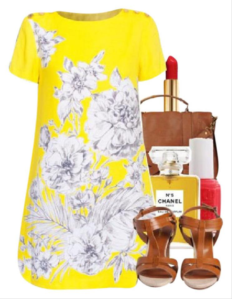c4f2946e5ef Juicy Couture Yellow Orchids Shortsleeve with Print Short Cocktail ...