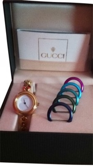 Preload https://item4.tradesy.com/images/gucci-gold-vintage-watch-20788-0-0.jpg?width=440&height=440