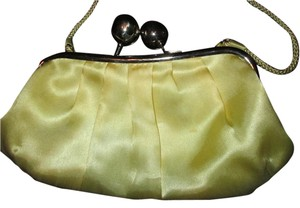 La Regale yellow Clutch