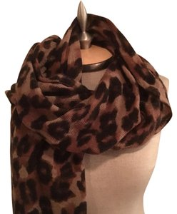 Banana Republic NWT Cashmere Blend Animal Print Scarf