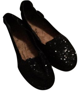 Gianni Bini Black with beads Flats