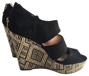 Sole Society black Wedges