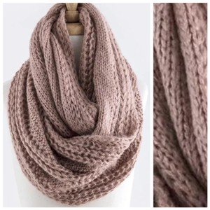 Other B83 Shimmery Metallic Rose Pink Chunky Cable Knit Infinity Scarf