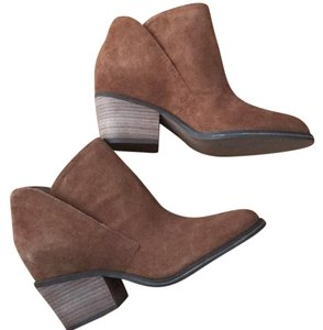 Jessica Simpson Canela Brown Boots