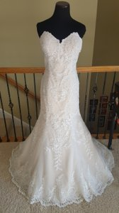 10814 Wedding Dress