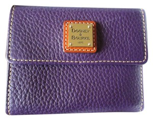 Dooney & Bourke Dooney & Bourke Leather Compact Wallet