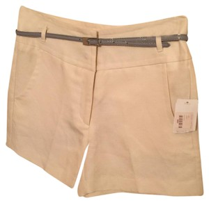 Other Dress Shorts Cream/Off-White with Gray belt
