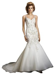 Alfred Angelo 883 Wedding Dress
