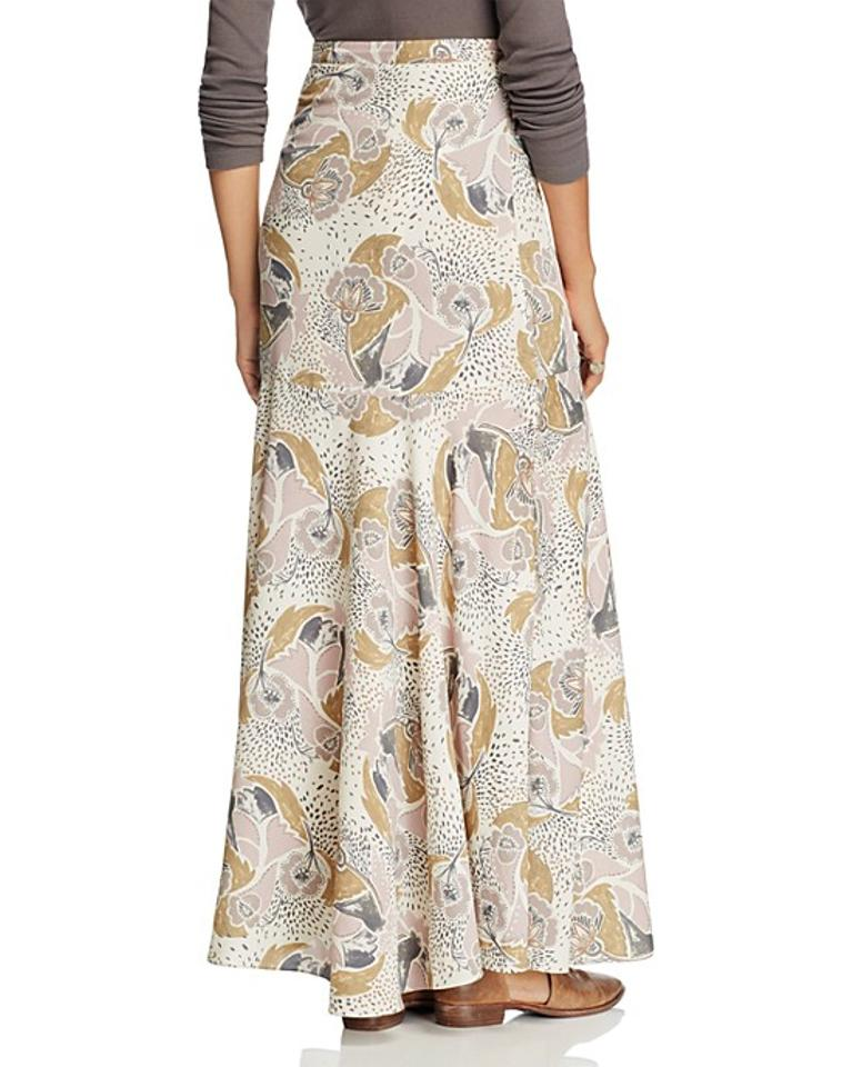 2d82f1d3f6 Free People Neutral Nwt- Orig Fate Skirt Size 2 (XS, 26) - Tradesy