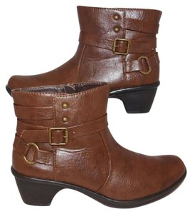Easy Street Comfort Size 6.5 Brown Boots