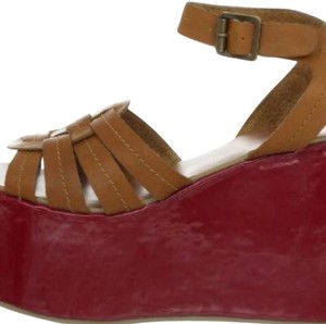 Envy Tan and Red Sandals