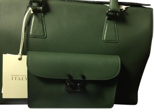 Victoria Napoli made in Italy Satchel in olive