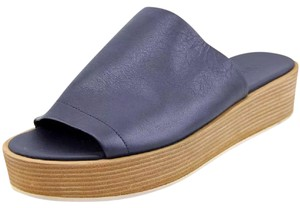 Vince Flatform Leather Wedge Navy Sandals