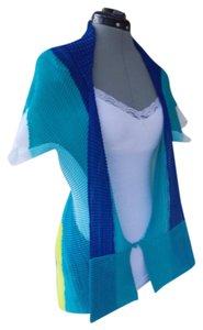 Issey Miyake Pleated Color-blocking Asymmetrical Top Blue