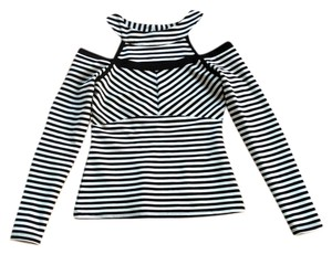bebe Cut Out And Striped Trendy Top black & white