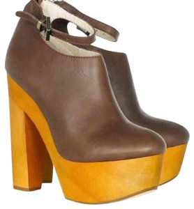 Messeca New York brown Boots