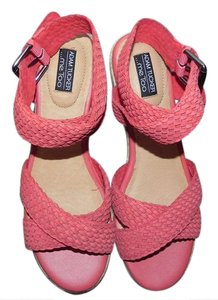 Adam Tucker by Me Too Coral Pink Sandals