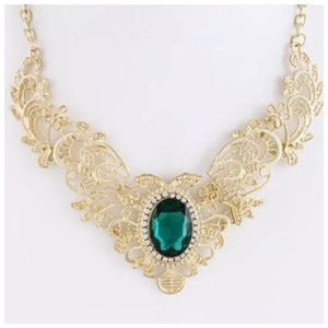 Other D15 Gold Filigree Green Crystal Victorian Necklace