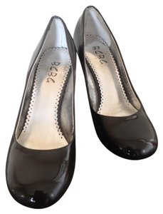 BCBG Paris Classic Stiletto Leather Patent Dark Grey Pumps