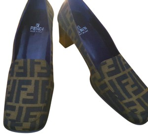 Fendi Loafer New Casual black and golden brown Pumps