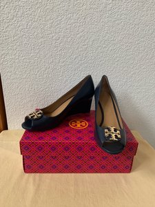 Tory Burch Blue ( Navy ) Wedges